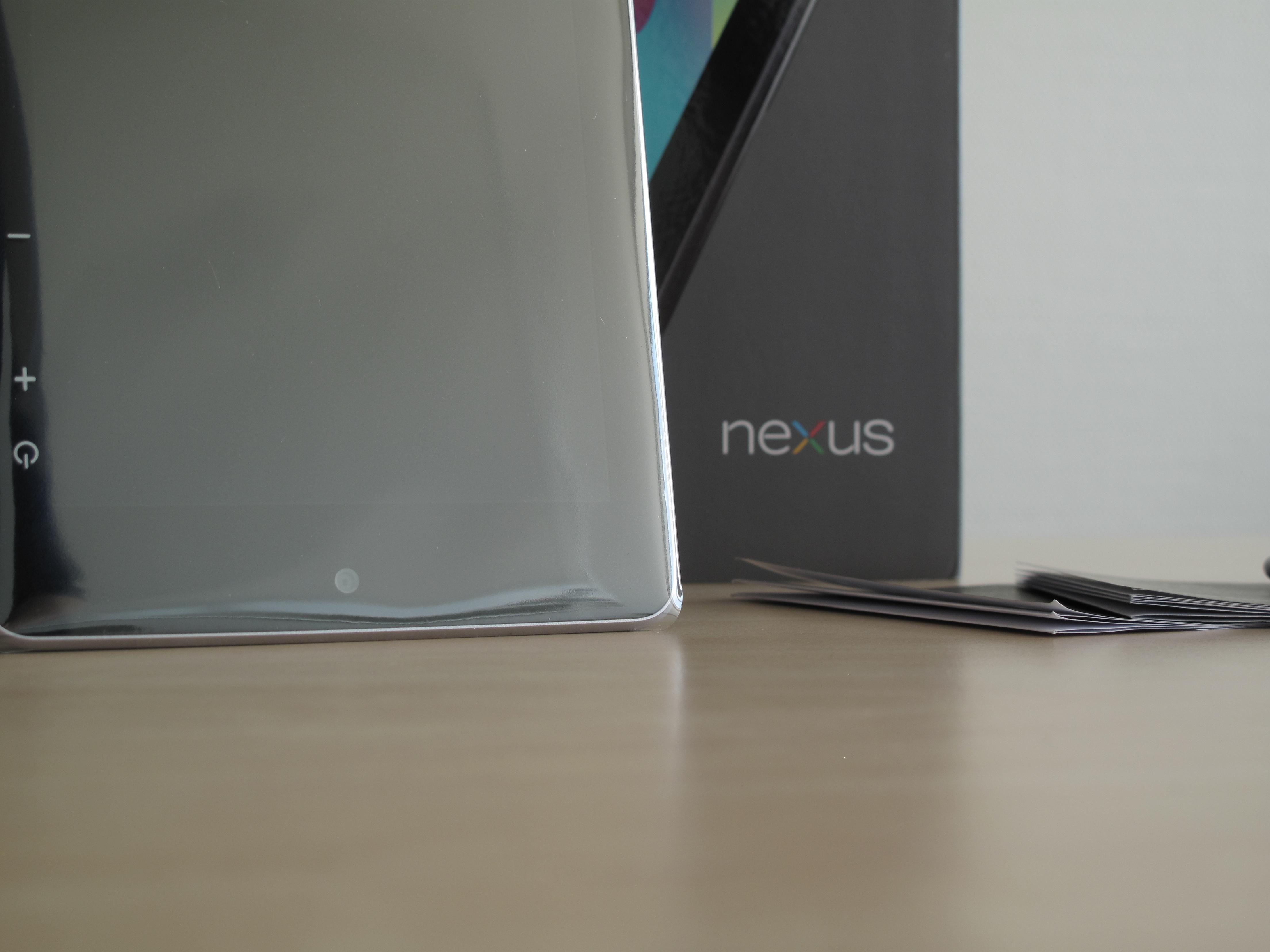 Google Nexus 7 Tablet und Zubehör