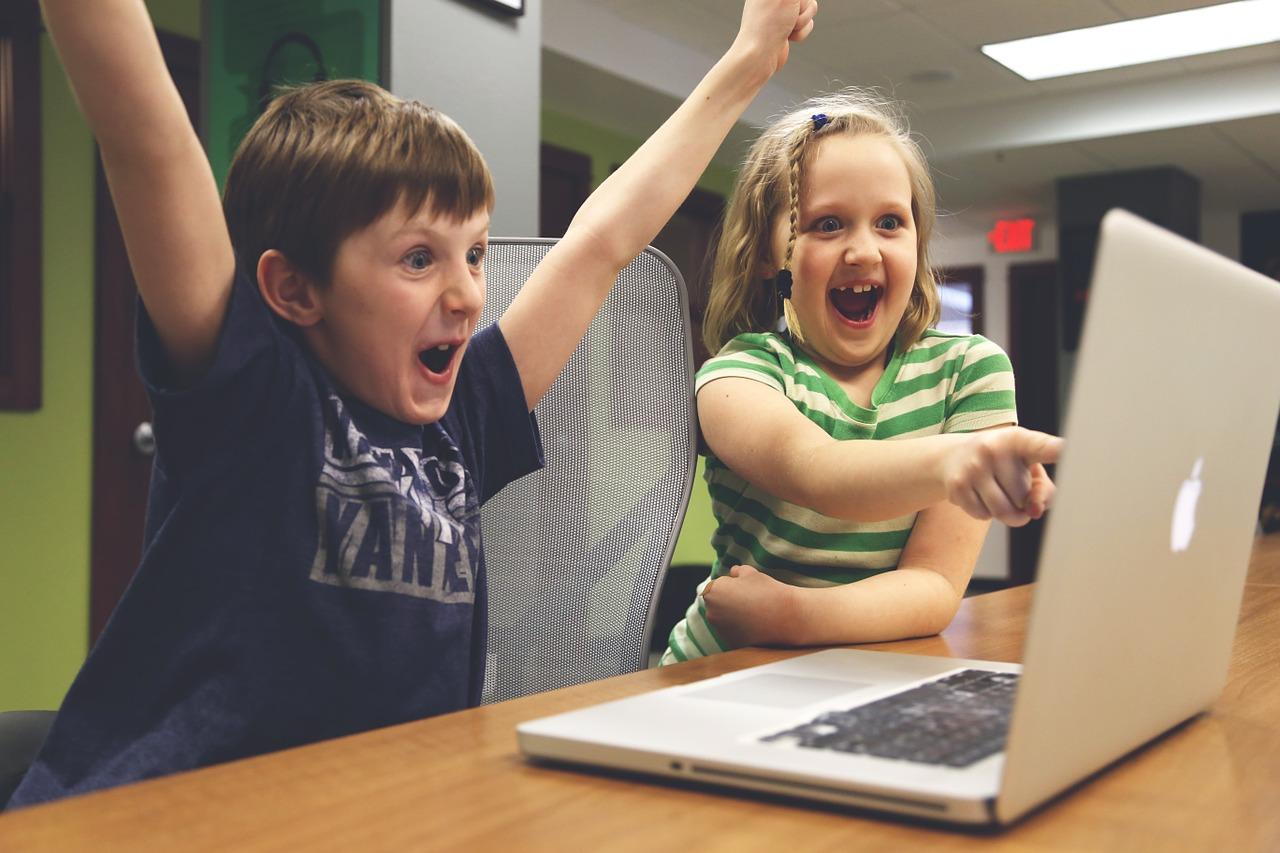 Kinder und Internet
